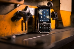 Nautiz-X4-handheld-IP65-rugged