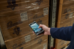 Nautiz-X6-Android-phablet-warehousing
