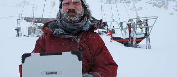 Arctic researcher uses Handheld Algiz XRW