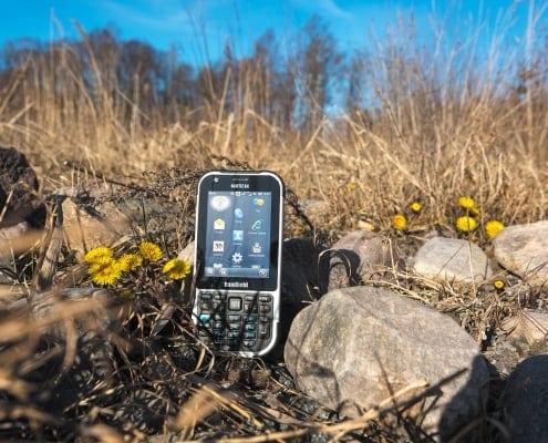 handheld nautiz x4 outdoor on field