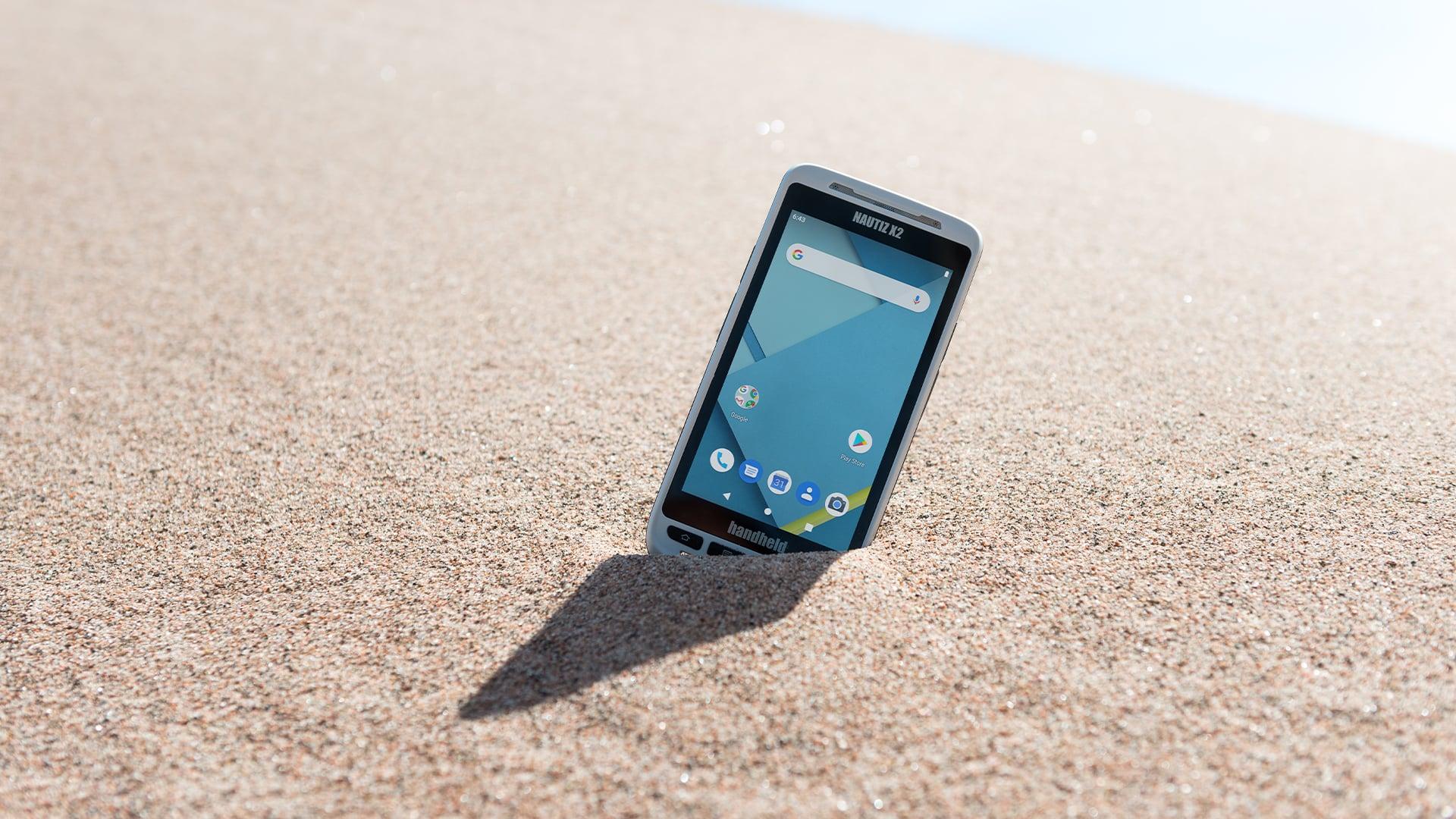 handheld nautiz x2 in sand