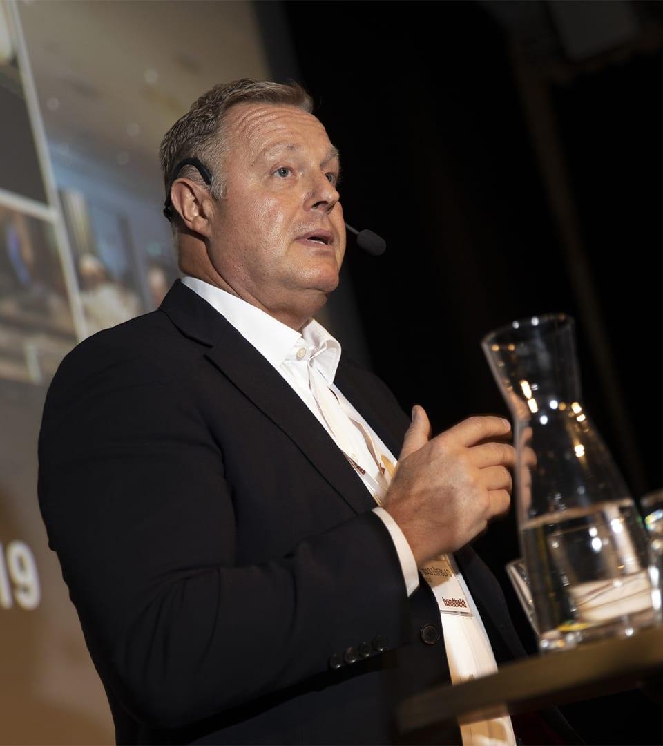 thomas löfblad presenting at handheld business partner conference